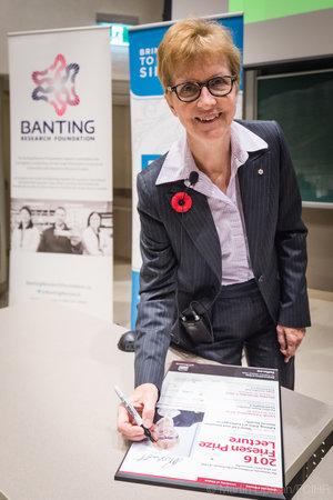Janet Rossant, CC, PhD, FRS, FRSC, 2016 Friesen Prize winner (Photo: Martin Lipman/FCIHR)